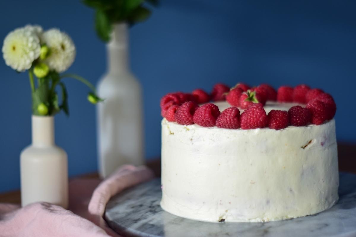 Dziękuję Było Pyszne tort śmietankowo-malinowy